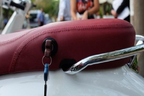 Làm chìa khóa xe vespa tại TPHCM