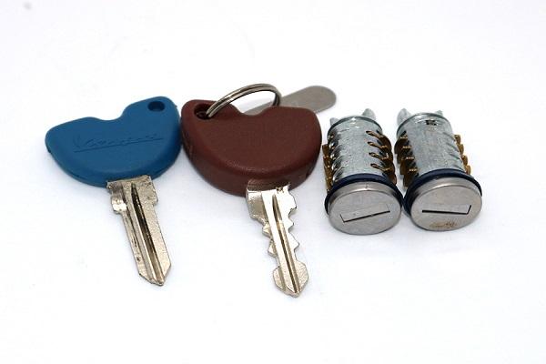làm chìa khóa xe vespa